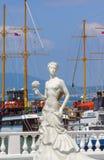 Невеста 2018 скульптуры обваловки России Gelendzhik белая может Стоковая Фотография RF