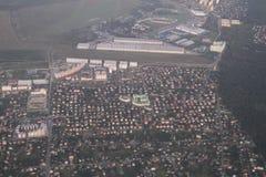Недвижимость от взгляда птиц-глаза Частное развитие зданий мульти-этажа, Киев коттеджей, Украина, 09 08 2017 Стоковые Фото