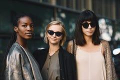 Неделя моды Милана - стиль улицы стоковое фото rf