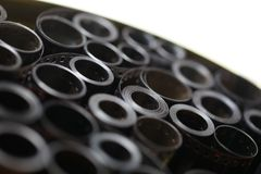 Недостатки архива фильма в круглой чонсервной банке металла стоковое изображение rf