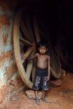 Недостаточно питающийся дети в Индии стоковые фотографии rf