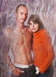 нежность пар любовников сработанности ощупывания стоковое фото