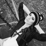 Нежный портрет красивой девушки на качании Стоковые Фото
