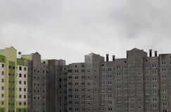 Незаконченная конструкция многоквартирного дома панели Стоковое Изображение