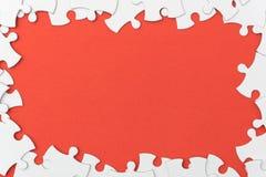 Незаконченная текстура мозаики на красной предпосылке r концепция идеи концепция ассоциации стоковая фотография rf