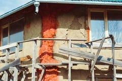 Незаконченный дом блоков соломы стоковое изображение