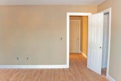 Незаконченный интерьер домашней комнаты стоковая фотография rf