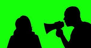 Неизвестный человек браня женщину с мегафоном акции видеоматериалы