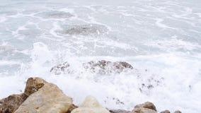 Неимоверная волна моря видеоматериал
