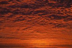 Неимоверное небо восхода солнца или захода солнца Стоковое Изображение RF