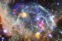 Неимоверно красивая галактика где-то в глубоком космосе Обои научной фантастики стоковые фото