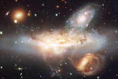 Неимоверно красивая галактика где-то в глубоком космосе E стоковое изображение rf
