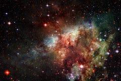 Неимоверно красивая галактика где-то в глубоком космосе E стоковое изображение