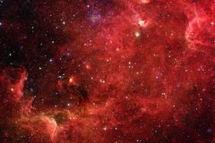 Неимоверно красивая галактика где-то в глубоком космосе E стоковые фотографии rf