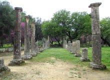 Неимоверные руины внутри археологических раскопок старой Олимпии Стоковая Фотография RF