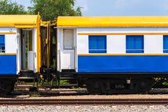 Неиспользованный тайский красочный стоп поезда на станции Стоковое Изображение RF