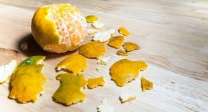 Некоторые слезали апельсиновую корку Стоковые Фото