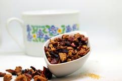 Некоторый травяной чай Стоковое фото RF