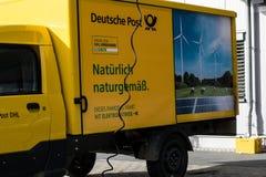 Немецкая почтовая компания перед праздниками и недостатками штата стоковые изображения