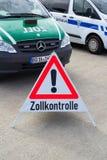 Немецкая полиция для таможенного сбора контролирует Стоковое Изображение