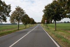 Немецкая проселочная дорога около Лейпцига стоковая фотография rf