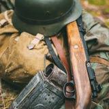 Немецкие воинские боеприпасы Второй Мировой Войны дальше Стоковые Фотографии RF