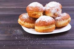 Немецкие donuts - берлинец Стоковые Фото
