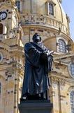 Немецкий городок Дрезден с церковью Frauenkirche стоковая фотография rf