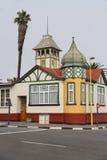 Немецкое здание стиля в Swakopmund, Намибии Стоковое Изображение