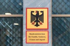 Немецкое федеральное министерство семейных вопросов Берлина Германии стоковая фотография rf
