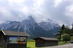 Немец Альпы во время лета Стоковые Изображения