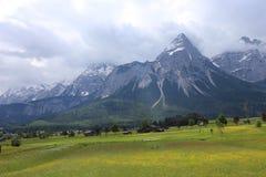 Немец Альпы во время лета Стоковое Изображение RF
