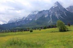 Немец Альпы во время лета Стоковые Изображения RF