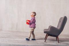 Немногое ребенок в стеклах 3d стоковые изображения