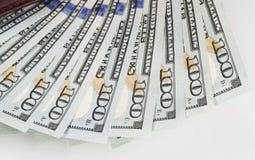 Немного 100 долларовых банкнот в бумажнике Стоковые Изображения RF