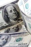 Немного 100 счетов доллара Стоковая Фотография RF