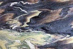 Необыкновенная и загадочная коричневая, черная, зеленая и белая мрамо стоковые фотографии rf