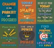 Необыкновенные мотивационные и вдохновляющие плакаты цитат Комплект 4 Стоковые Фото