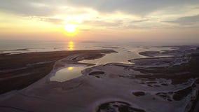 Необыкновенные острова на красивом озере видеоматериал