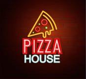 Неоновая вывеска дома пиццы Стоковые Изображения