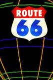 неоновый знак трассы 66 стоковые изображения rf