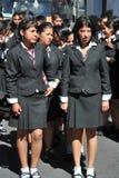Неопознанные девушки на улице Сукре Стоковая Фотография