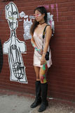Неопознанный модельный представлять во время партии блока Bushwick совместной Стоковое фото RF