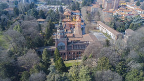Нео-готическая башня Desio, панорамного взгляда, вида с воздуха, Desio, Монцы и Brianza, милана, Италии стоковые изображения rf
