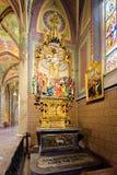 Нео-готический интерьер базилики St Peter и St Paul стоковое фото