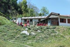 Непальские маленькие девочки в школе в Непале Стоковые Изображения