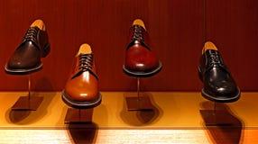 Неподдельные кожаные ботинки для людей Стоковое Изображение RF