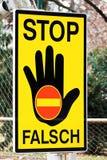 неправда путя водителя предупреждающая Стоковые Изображения RF