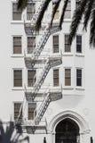 Непредвиденные лестницы стоковые фото