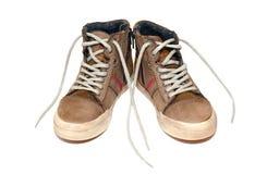 Непринужденный стиль кожаных ботинок на белой предпосылке Стоковое фото RF